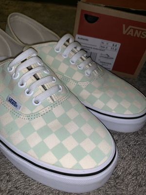 NEW VANS (CHECKERBOARD) AMBROSIA/C SIZE 9.5 NBC for Sale in Lathrop, CA