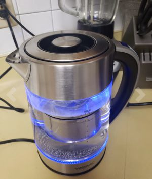 Glass electric kettle with 100% stainless steel inner lid, 1.7L 1500W, rapid boiling water with blue LED indicator, automatic shutdown and boiling pr for Sale in Jersey City, NJ