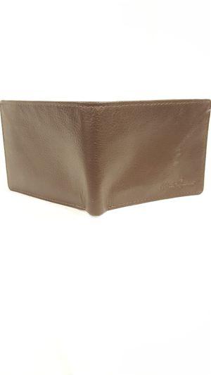 Robert Graham men's leather Wallet for Sale in Vienna, VA