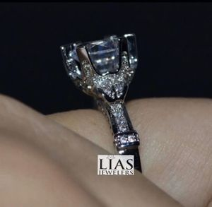 New 18 k white gold engagement ring for Sale in Charlotte, NC