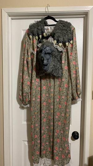 California Costumes Grandma Wolf (lil red riding hood) for Sale in Los Angeles, CA