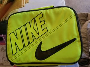 Good Used Nike Lunchbag for Sale in Canal Winchester, OH