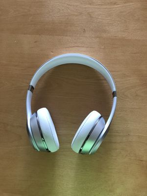 Beats Solo Wireless for Sale in Miami, FL