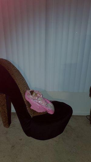 High heel shoe sale for Sale in Inkster, MI