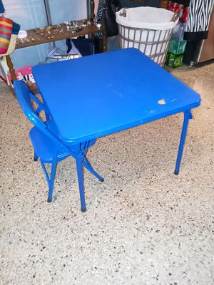 Kids table for Sale in West Palm Beach, FL