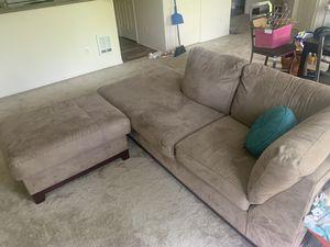 Love seat w/ ottoman for Sale in Hillsboro, OR