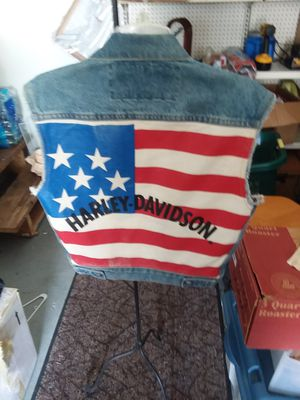 Harley Davidson Jean jacket. Official Harley gear. Size small, very nice condition for Sale in Winchester, KY