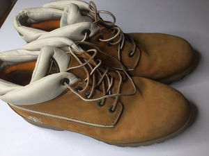 Men's timberland boots 11.5 for Sale in Bolingbrook, IL