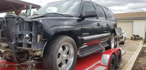 2000 gmc denali xl parting out (motor/trans are gone) for Sale in Perris, CA
