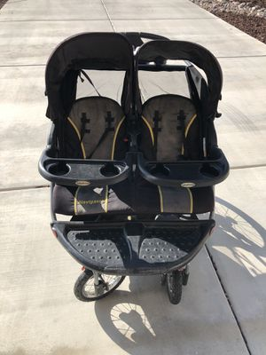 Double Jogger for Sale in Menifee, CA