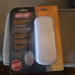 Garage door opener For Outsude for Sale in Nellis Air Force Base, NV
