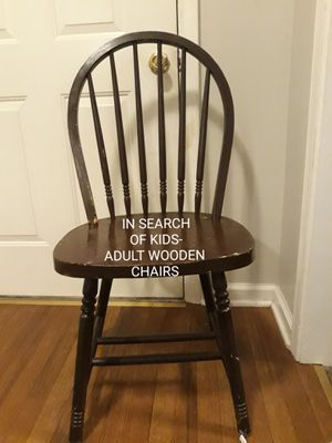Wooden chair for Sale in Clarksville, TN