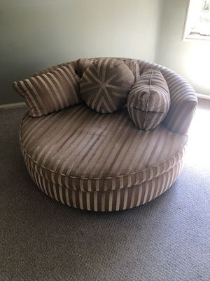 Chaise lounge for Sale in Los Angeles, CA