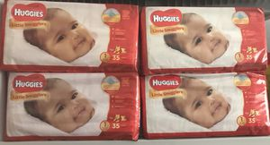 Huggies Little Snugglers Size 1 for Sale in Cleveland, OH