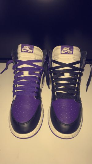 Air Jordan 1 retro gs 'court purple' size 7y for Sale in Oak Park, IL