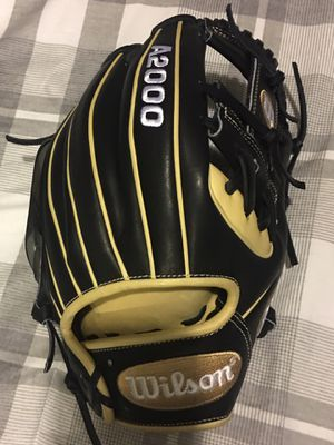 Wilson a2000 11.5 baseball glove new with tags $210 softball for Sale in Pomona, CA
