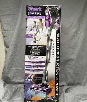 Shark Rocket DeluxePro Ultra Light Upright Vacuum for Sale in Jessup, MD