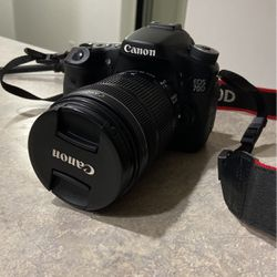Canon EOS 70D DSLR 18-135mm lense for Sale in Portland,  OR