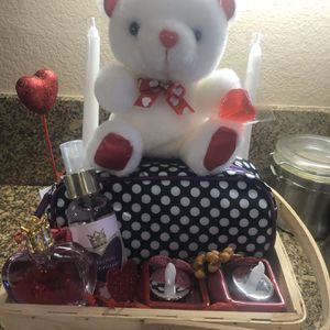 Valentines Basket Vera Wang Princess Perfume, Body Spray, Tea Light And Tea Light Holders, Make Up Bag , Bear And Candy for Sale in Rancho Cucamonga, CA