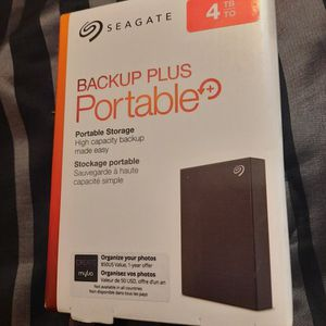 ***New***4TB Seagate Backup Plus Portable External HD (Can Use With PS4,Xbox,Apple & Windows) for Sale in Phoenix, AZ