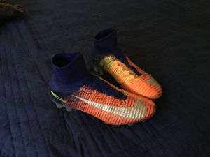 Nike mercurial superfly 5 size 7 for Sale in Moreno Valley, CA