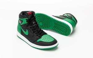 Air Jordan's 1 pine green 2.0 won them in the raffle have them 2/29/20 this Saturday come with the receipt sz.11/5 for Sale in Columbus, OH
