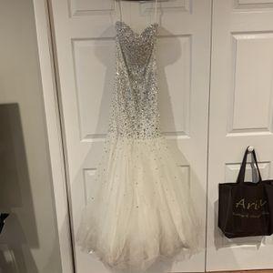 Xs Mermaid Style Dress for Sale in Hamden, CT