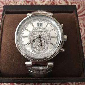 Authentic Micheal Kors watch for Sale in Los Angeles, CA