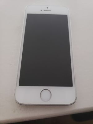 Iphone5 for Sale in Rockville, MD