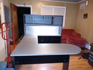 Office desk for Sale in Forest Heights, MD
