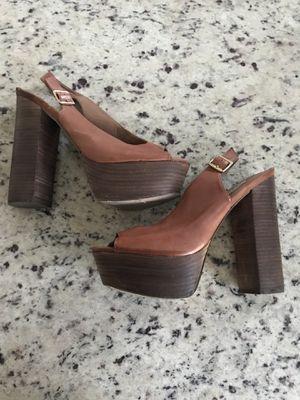Women's Size 9 Steve Madden Brown Chunky Platform Heel for Sale in Austin, TX