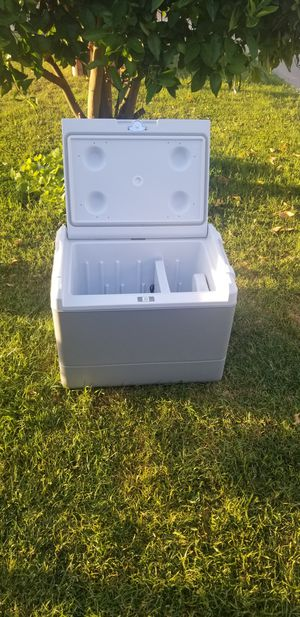 Coleman cooler for Sale in Phoenix, AZ