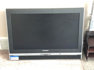 """31"""" Flat Screen TV with Built-in DVD for Sale in Fairview, PA"""