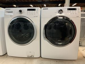 SAMSUNG WASHER AND ELECTRIC DRYER for Sale in Akron, OH
