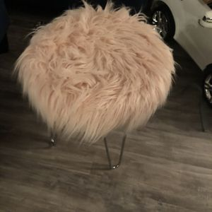Pink Fur Stool for Sale in Baltimore, MD