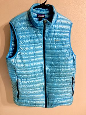 Patagonia size large Ultralight vest MSRP $250 for Sale in Reno, NV