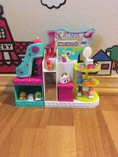 Shoedazzle Shopkins for Sale in Federal Way, WA