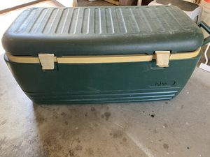 Igloo cooler for Sale in Temecula, CA