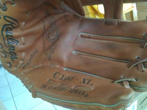Rawlings softball glove for Sale in Largo, FL
