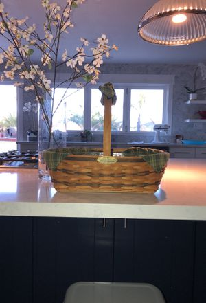 Longaberger Traditions Hospitality Basket w/ Divided Protector for Sale in Oceanside, CA