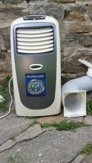 Soleusair ac 10000 btus good condition 55 pint dehumidifier fan pick it up only for Sale in Trumbull, CT