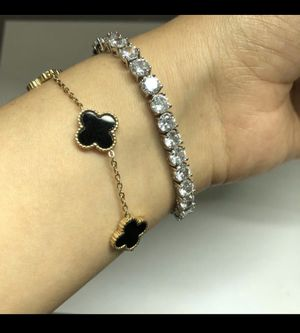 Beautiful 18k bracelet . New and ready to ship! for Sale in Beverly Hills, CA