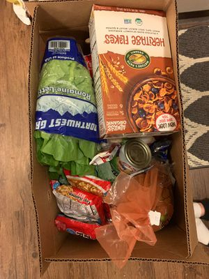 Free box of food for Sale in Lynnwood, WA