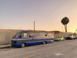 1988 Chevy winnebago runs and drives for Sale in Los Angeles, CA