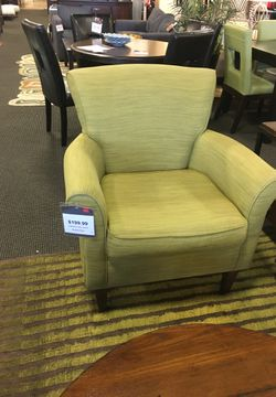 Clover Accent Chair for Sale in Alexandria,  VA