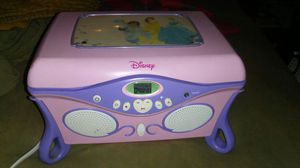 Disney princess cd player 18th for Sale in St. Louis, MO