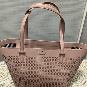 Kate Spade New York Tote for Sale in Las Vegas, NV