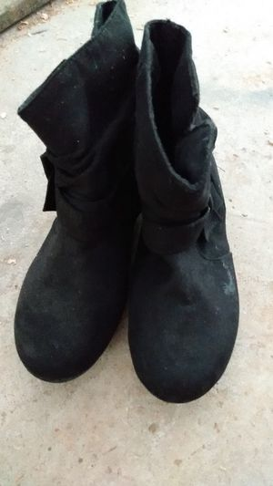 Black rampage girls boots size 2 in youth for Sale in Lilburn, GA