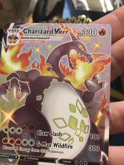 Pokémon Shiny Charizard Vmax for Sale in Cuyahoga Falls,  OH