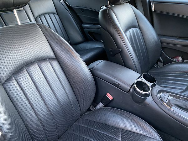 2009 Mercedes CLS550